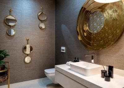 Corkwood Close - Simbithi Eco Estate Main Bathroom
